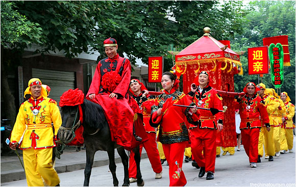 Satisfy the The Tradition Is What In China Wedding are dozens beautiful